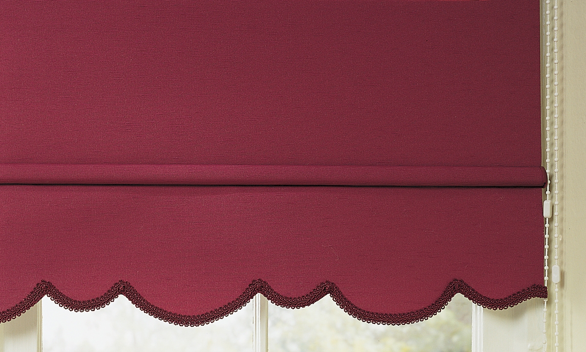 Manual Roller Shade with Decorative Hem