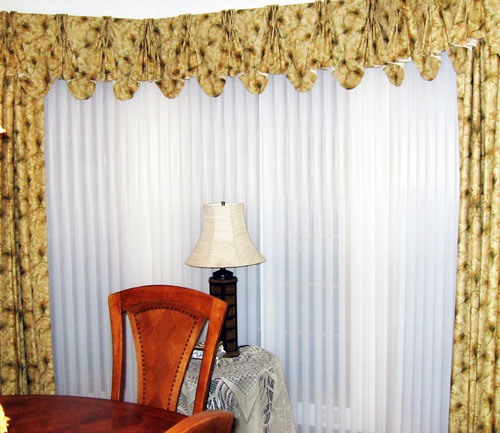 Milstadt IL Custom Drapery and Valance over Hunter Douglas Luminette Privacy Sheers